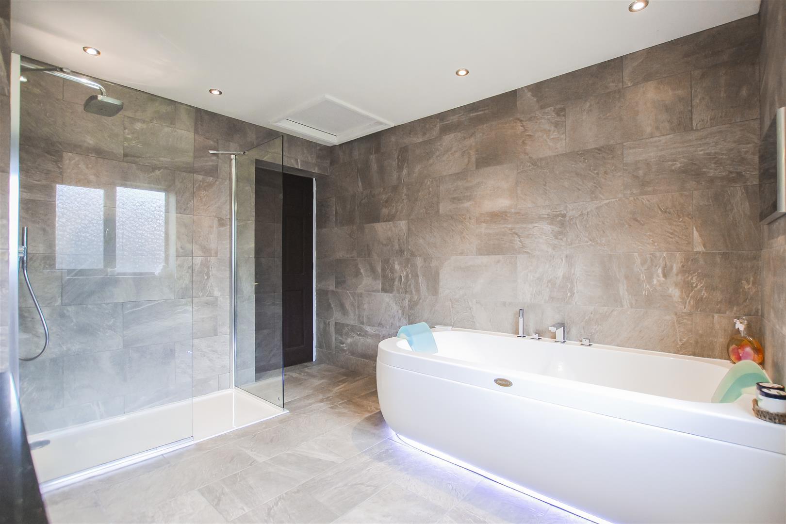3 Bedroom Terraced Cottage For Sale - Image 29